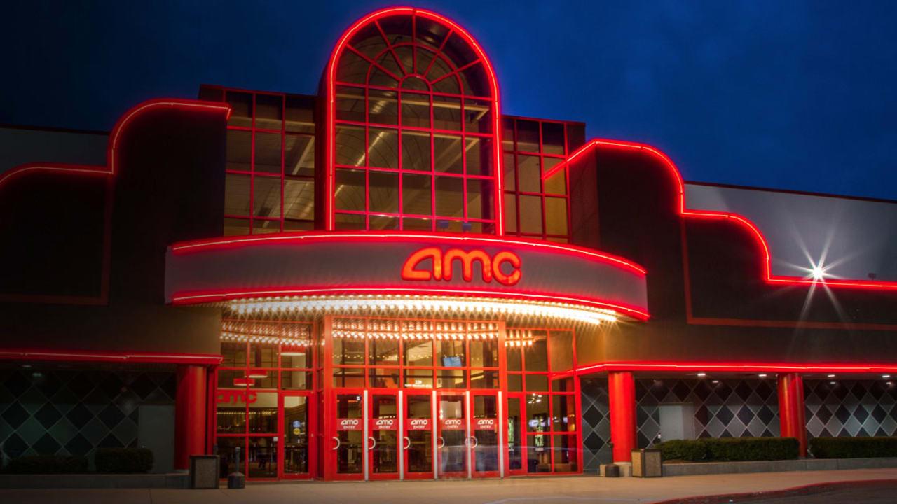 Movie theater marquette mi