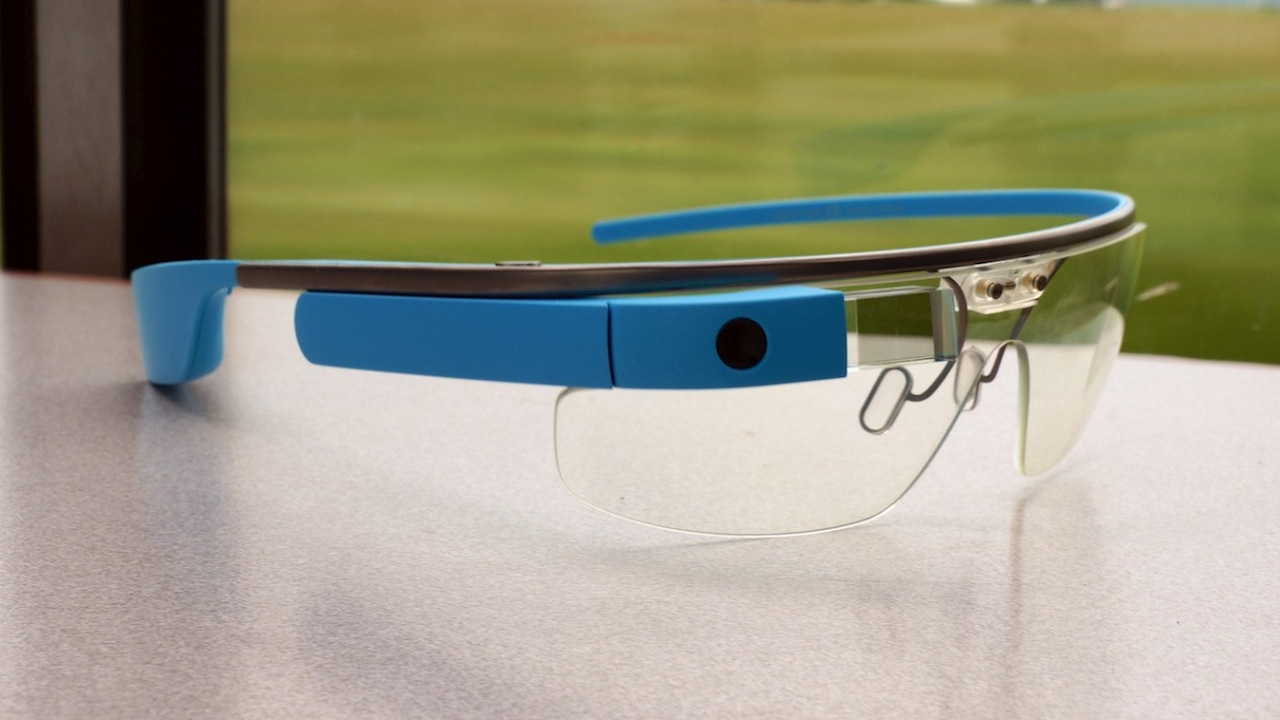 Patent Suggests Google Is Designing A More Normal-Looking Google Glass
