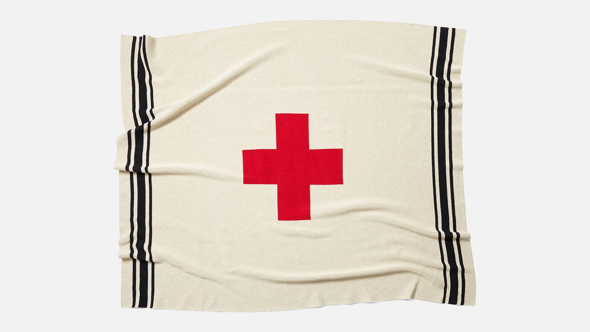 In2Green Swiss Cross Throw