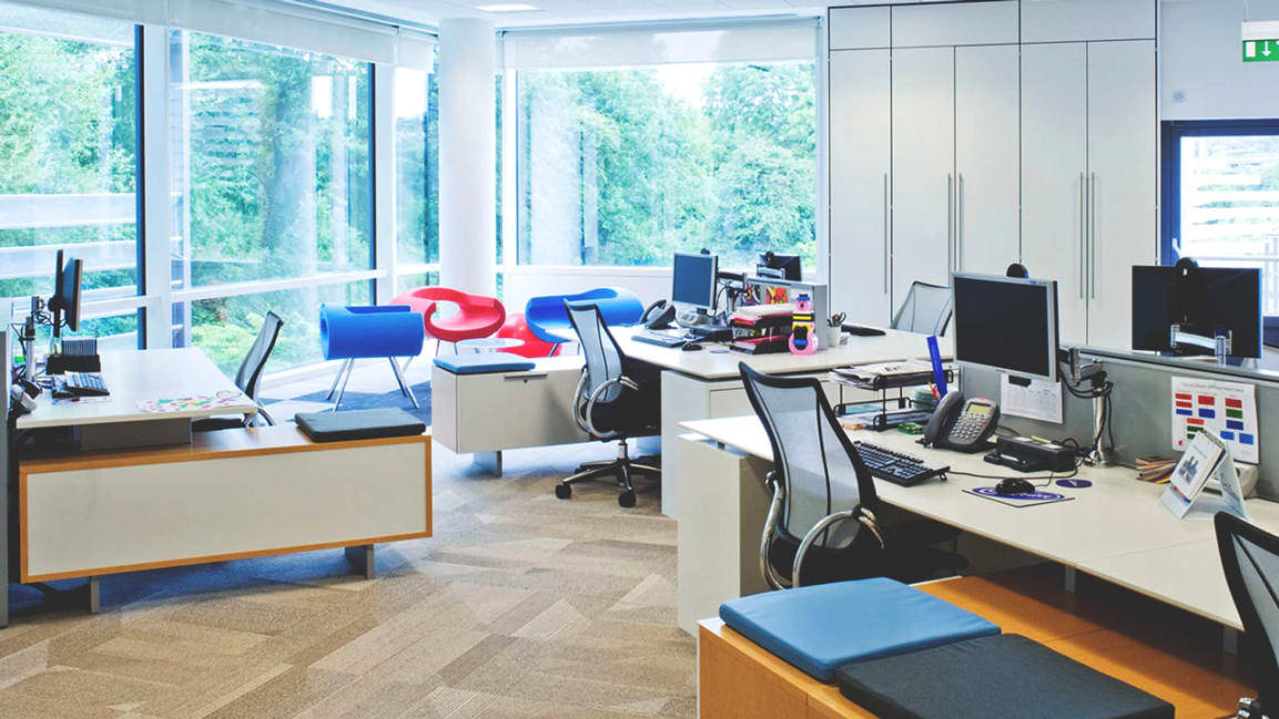 How To Survive In An Open Office Without Hating Your Coworkers