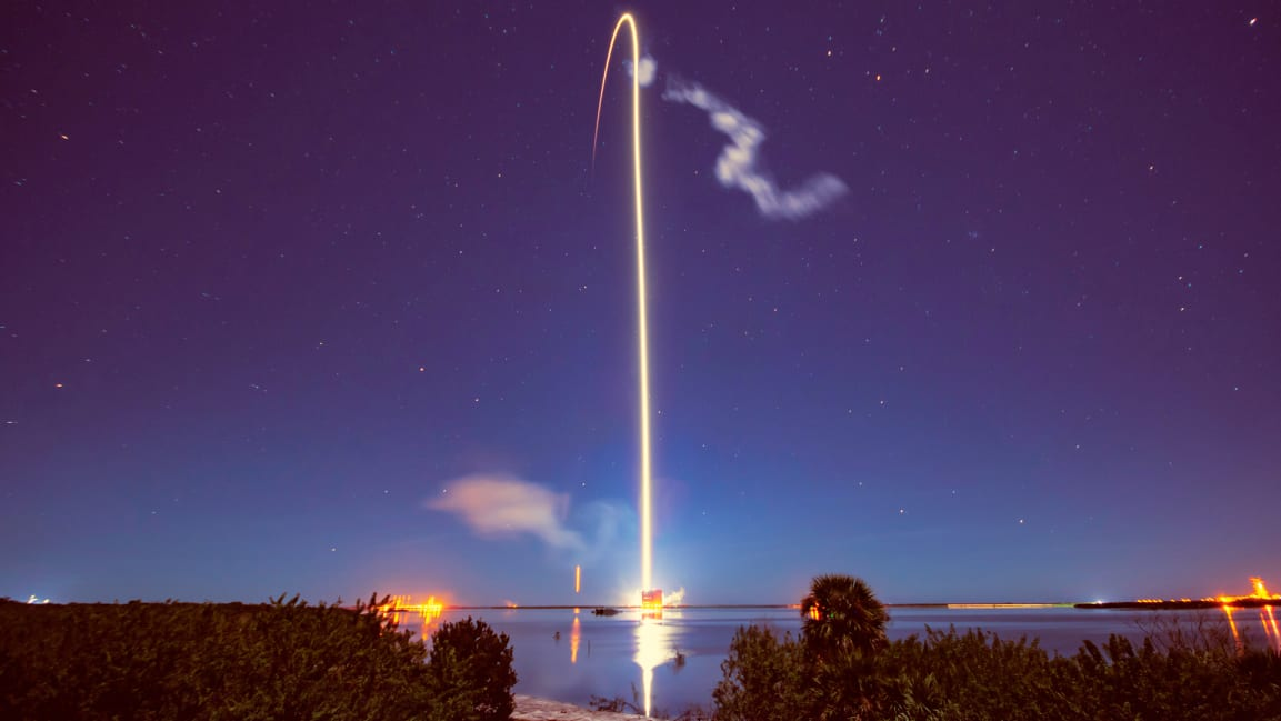 SpaceX's fast broadband satellite just got a little closer to reality