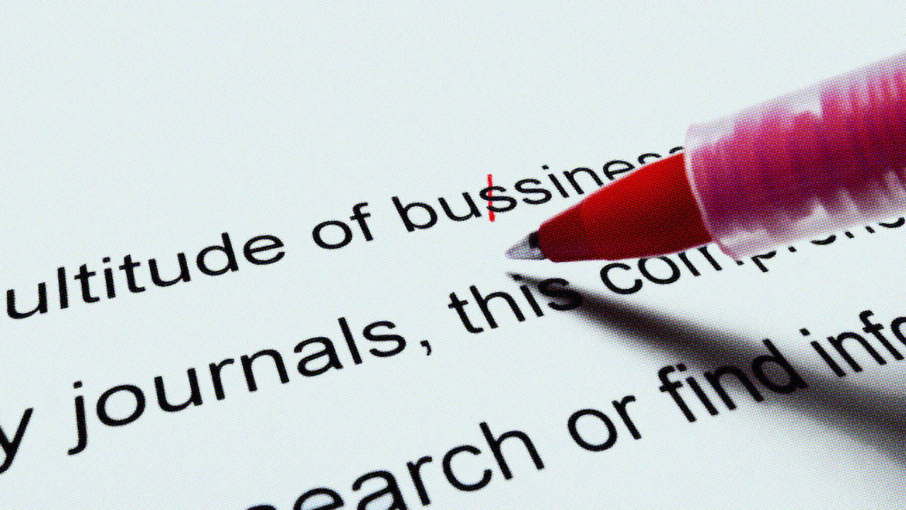 Recruiters Explain What The Worst Resumes Have In Common