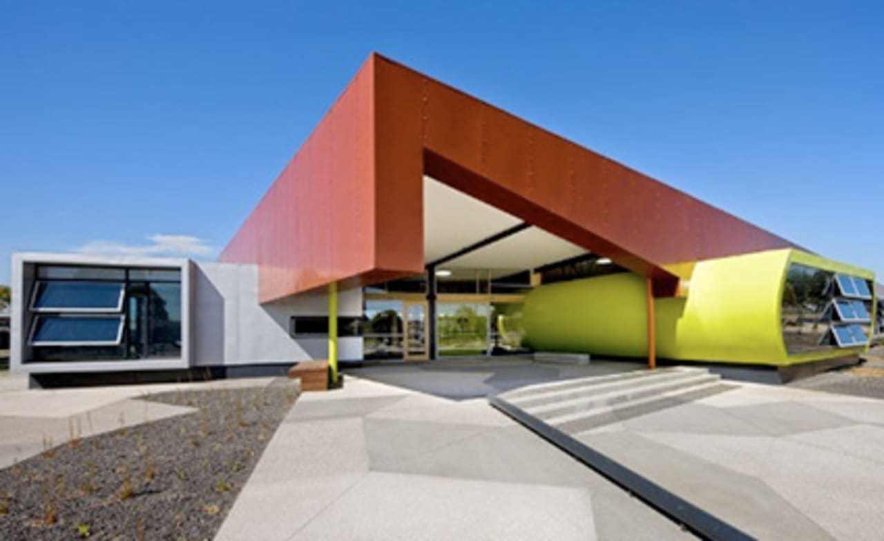 The Coolest Schools In The World - Easily coolest school world