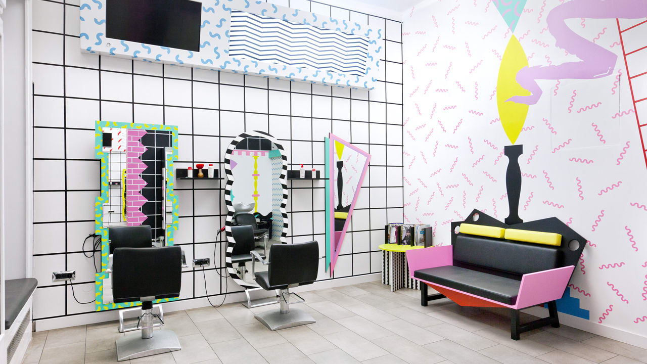 A hair salon that harks back to the wackiest days of 1980s for 90s room design