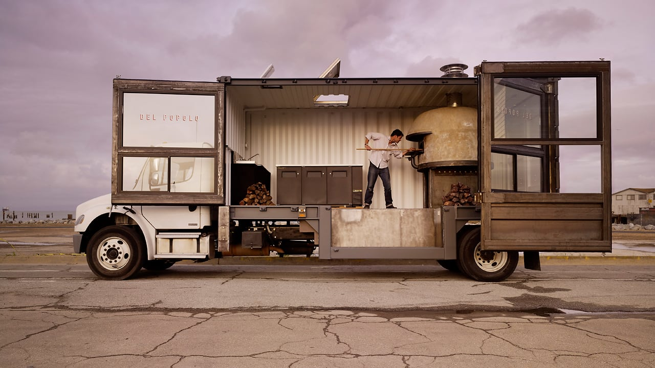 The ultimate food truck a pizza joint on wheels for Food truck design app