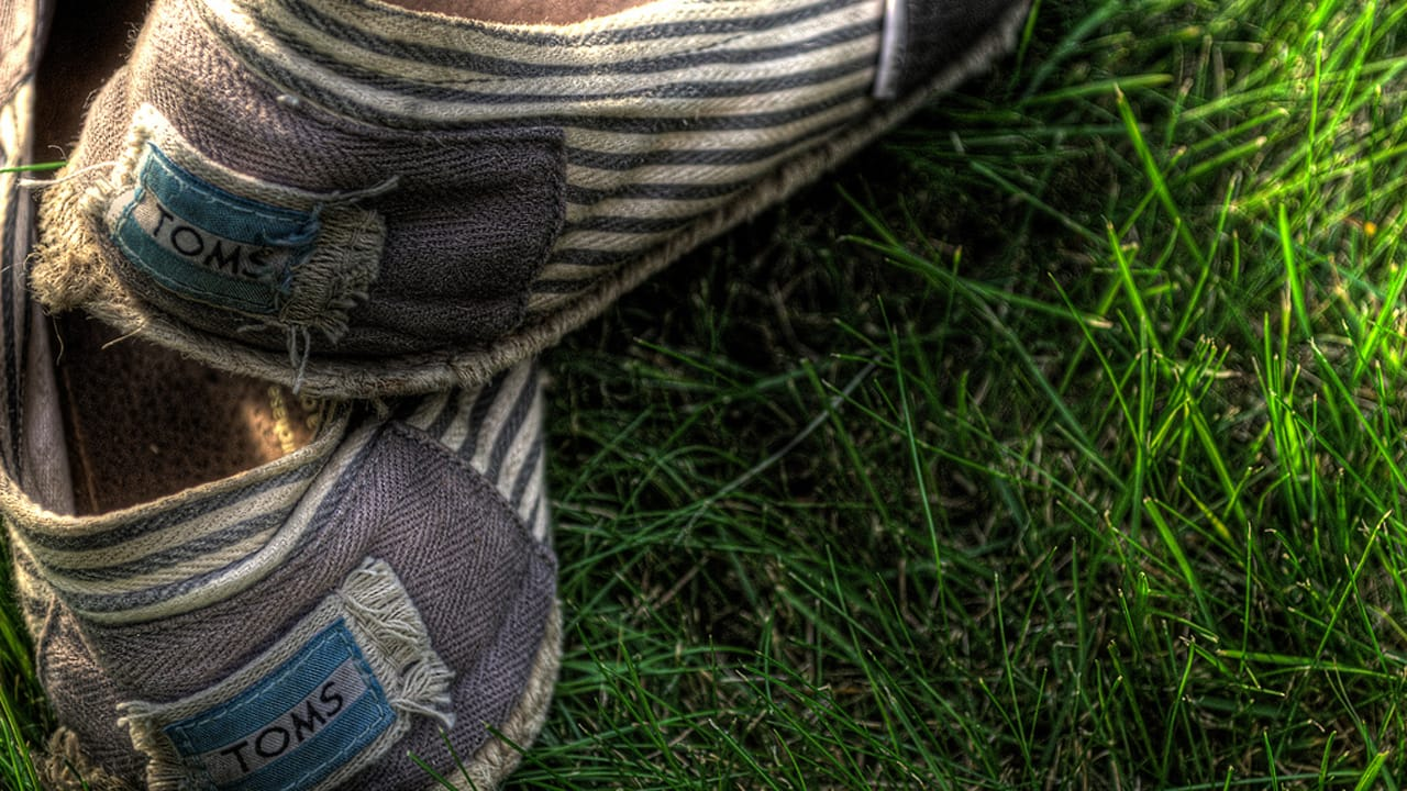 """31706f88f0 The Broken """"Buy-One, Give-One"""" Model: 3 Ways To Save Toms Shoes"""