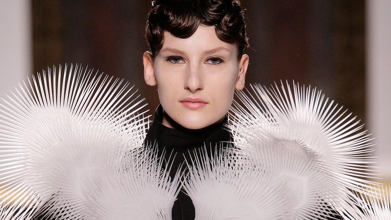 iris van herpen s 3 d printed laser sintered couture