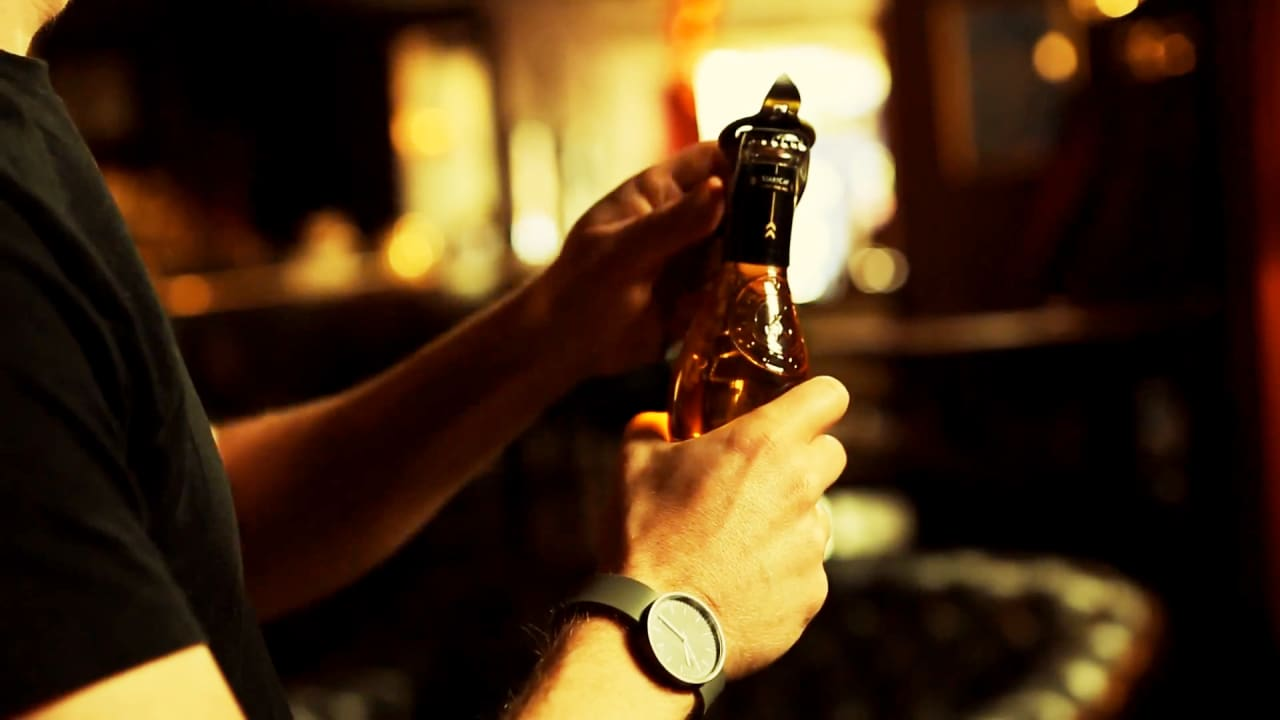 Digital Bottle Cap Augurs The Internet Of Alcohol-Based Things