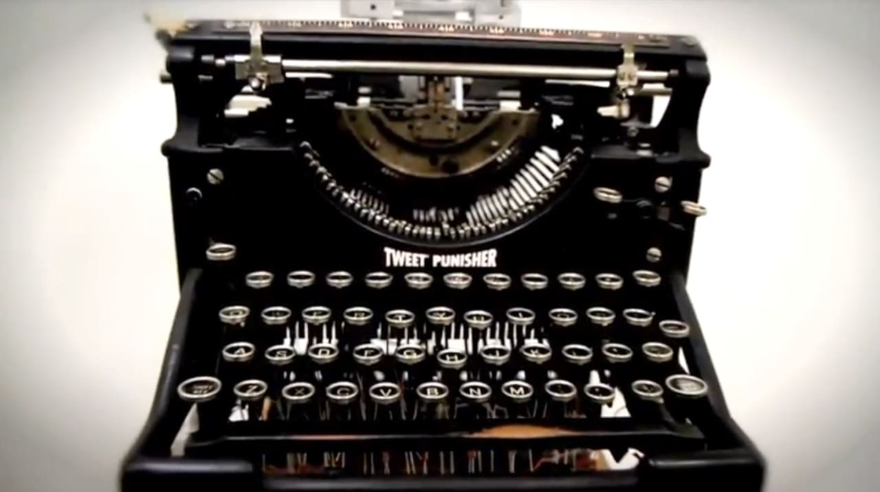 Twitter And An Old-School Typewriter Beat Up On An iPhone