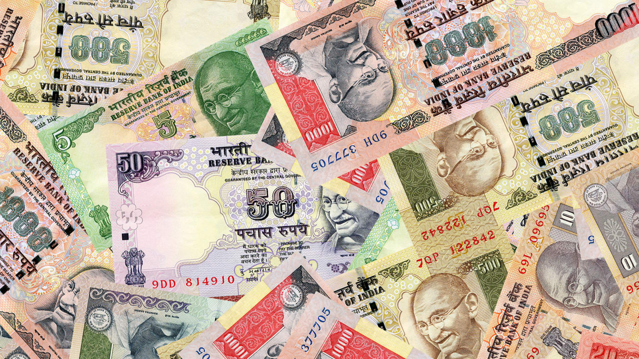 These Two Young Women Are Taking On Bribery In India