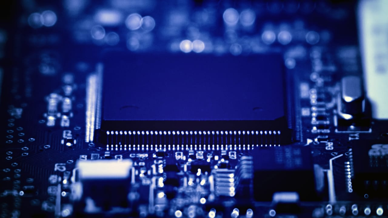 6 Tech Themes To Watch Ideas About Printed Circuit Board On Pinterest Electronic