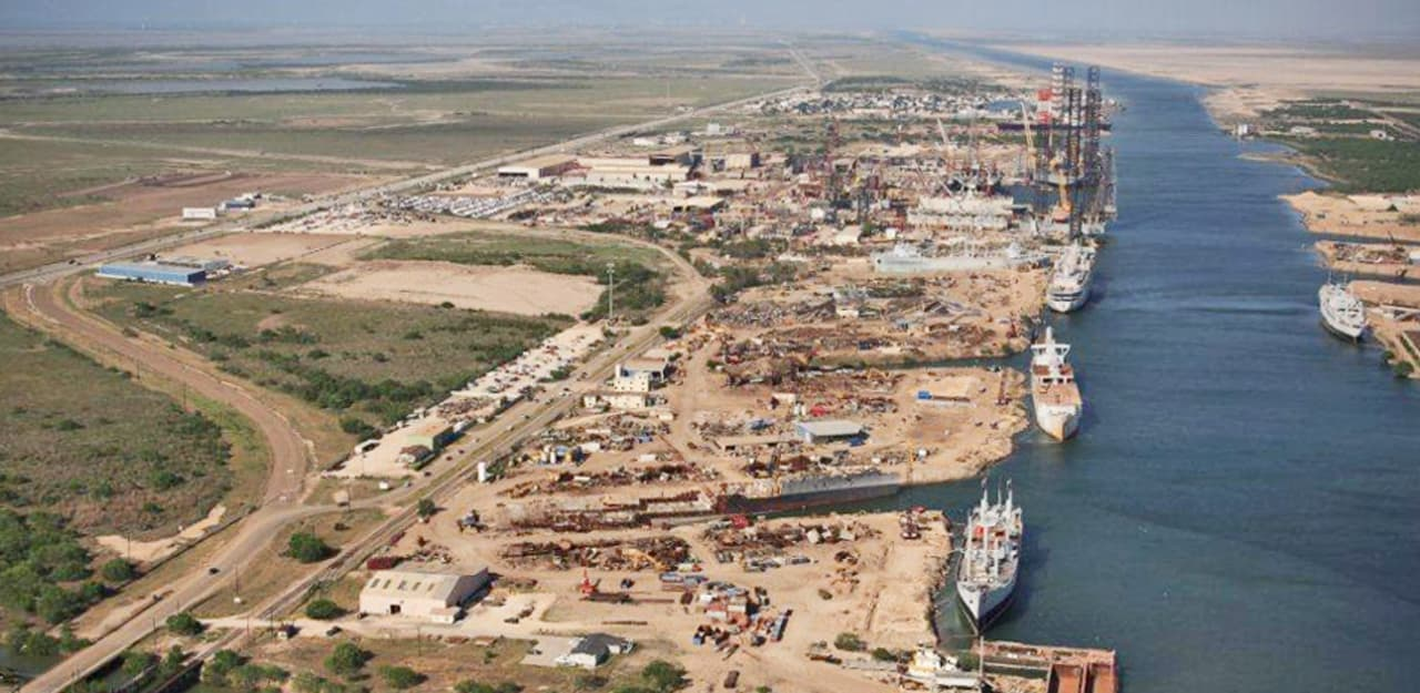 How This Texas Town Owns The U S  Naval Ship-Recycling Industry