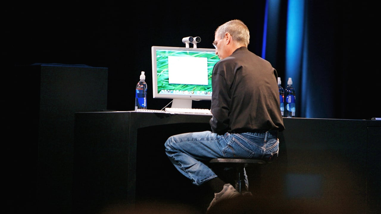 """Seven Rare Steve Jobs Videos That Show How To """"Think Different"""""""