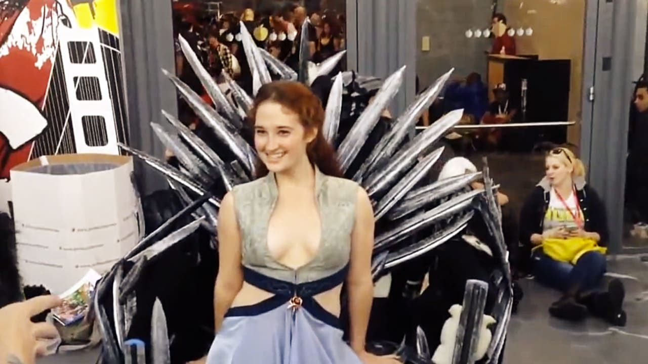 Cosplay of Thrones: See the George R.R. Martin-Approved Costume That Won Comic-Con