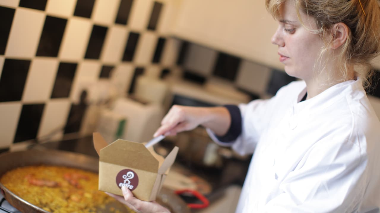 Get Homecooked Takeout Food Delivered Straight From Your Neighbor's Kitchen