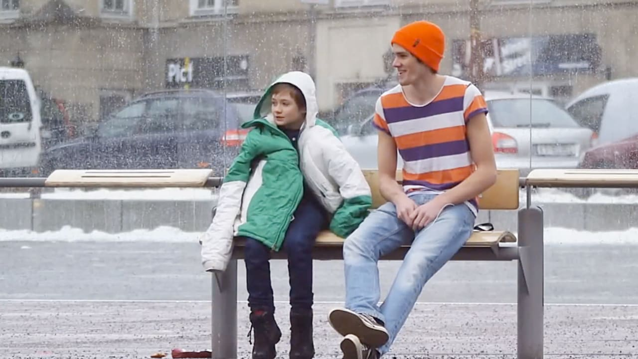 What If You Saw A Shivering Child On The Street? This Hidden Camera Ad Shows How Real People React