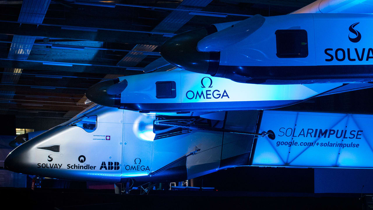 This Solar-Powered Plane Can Now Fly Around The World With No Fuel