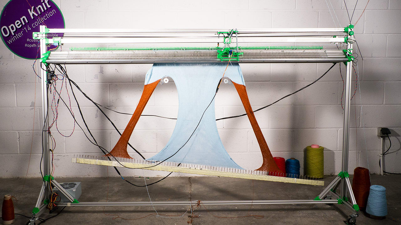 This Automated Knitting Machine With 340 Needles Is Old-School 3-D Printing