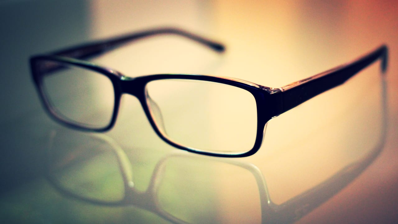 Forget Glasses. Soon Your Computer Display Will Correct Your Vision
