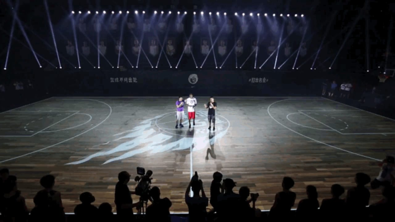 Nike's LED-Outfitted Basketball Court Teaches Real-Time NBA Training Drills