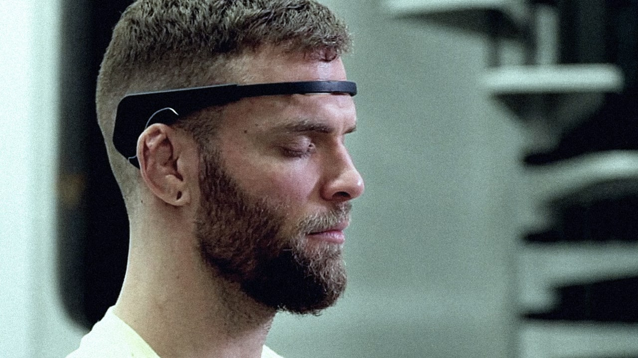 How I Wore A Brainwave-Reading Headset For A Week And Learned To Calm My Mind