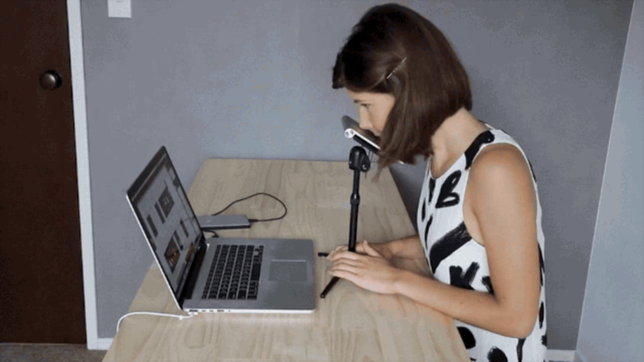 Look, No Hands: Watch These Amazing Videos Of A Designer Who Draws With Her Nose