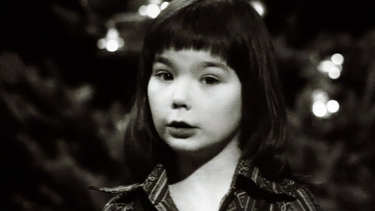 11-Year-Old Björk Reading The Nativity Story Will Grow Your Grinch-y Christmas Heart Three Sizes