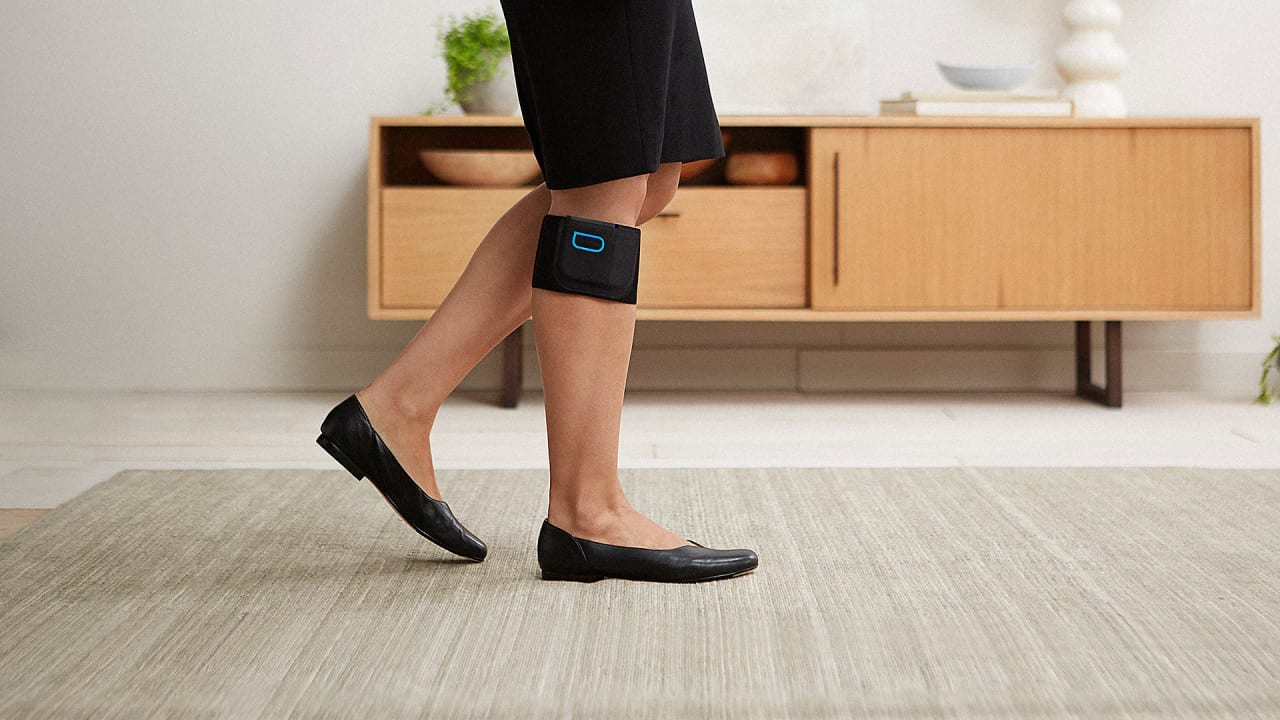 This Wearable Fights Chronic Pain–Without Drugs