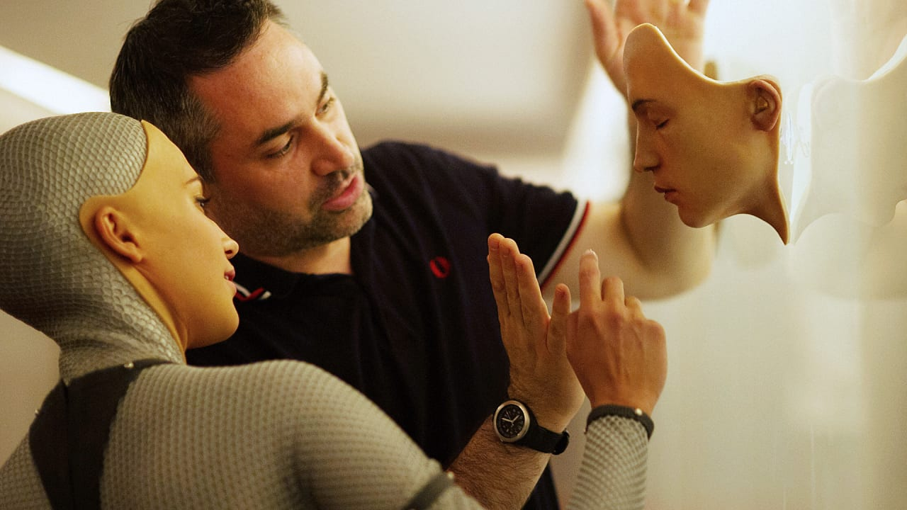 """Feel Bad About Us"": Alex Garland Talks About The Real Questions Behind ""Ex Machina"" And Artificial Intelligence"