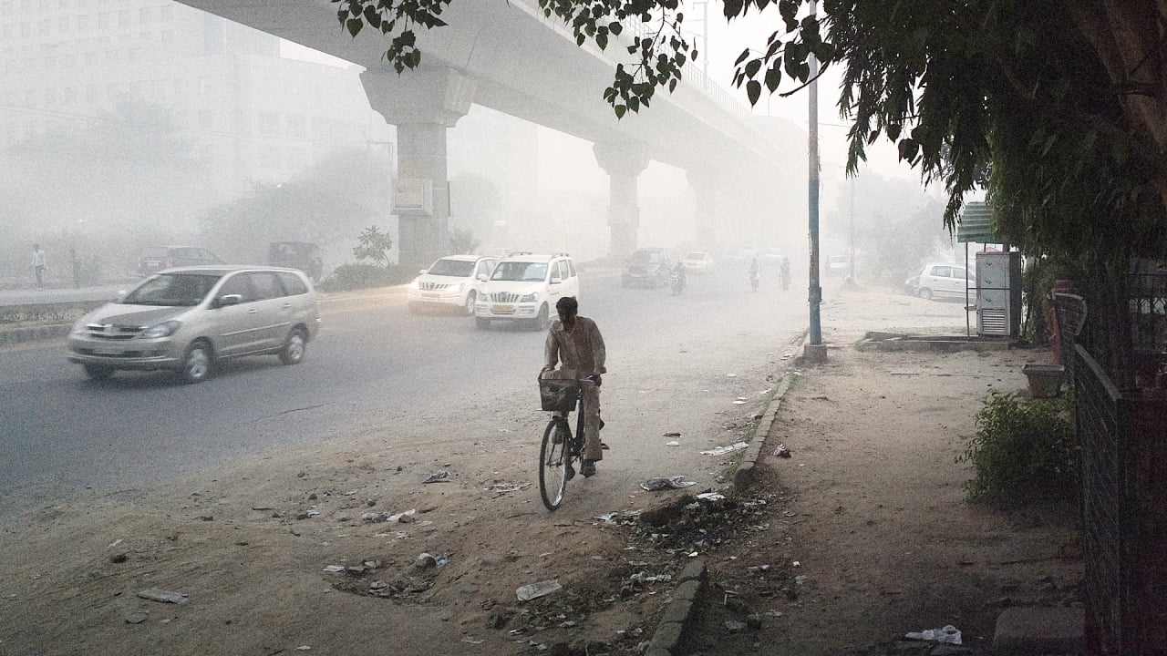 How Much Smog Did You Breathe Today? Wearable Sensors Measure Your Pollution Intake While You Bike