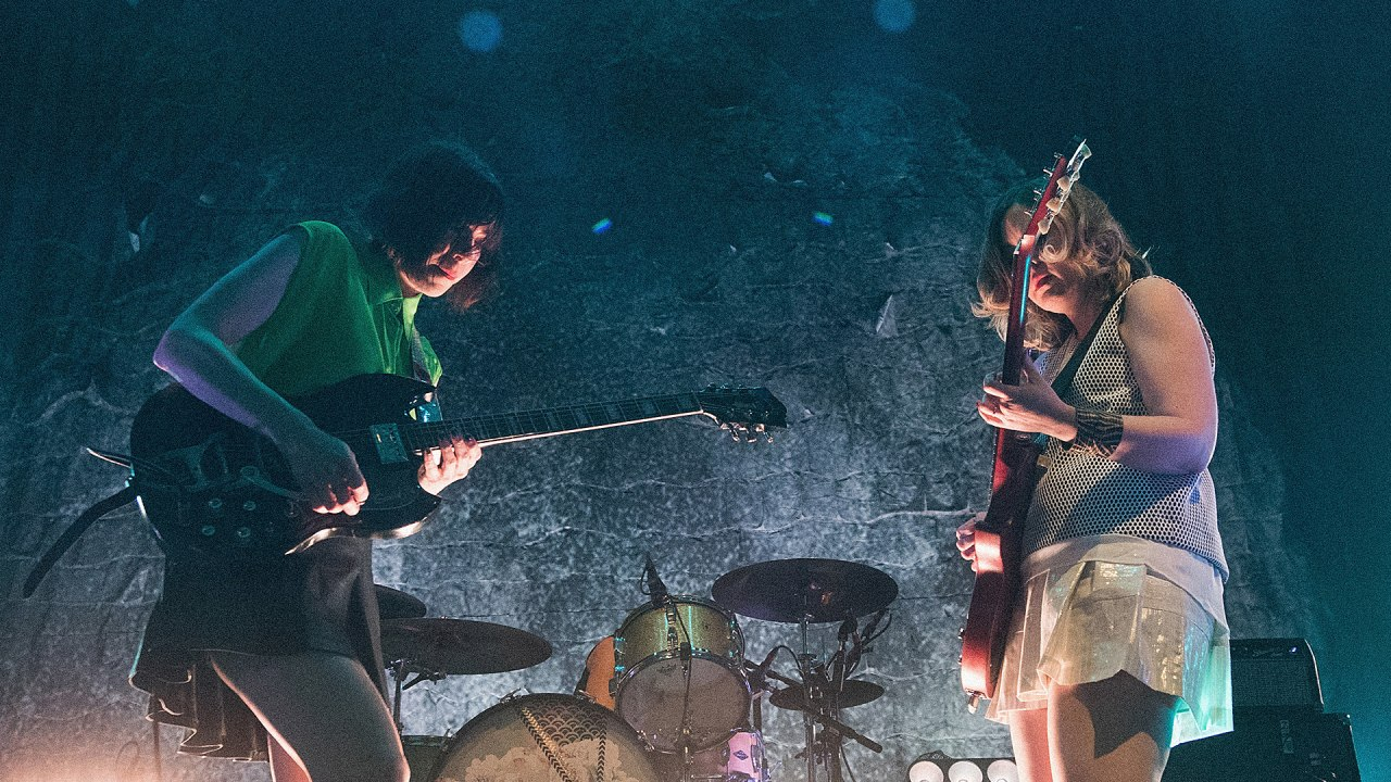 Guitarists Can Sync Their Brains With Other Players, Forming A Giant Hyperbrain