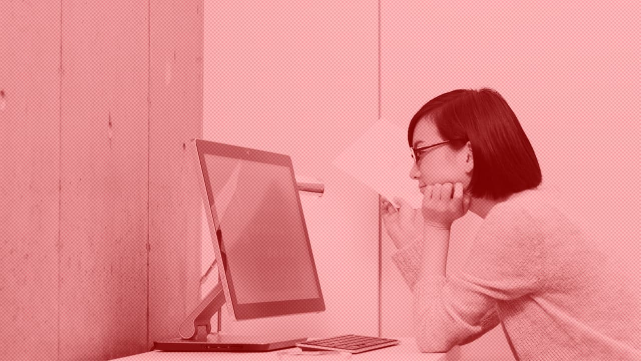 5 Simple Exercises To Fix The Damage Your Desk Job Does