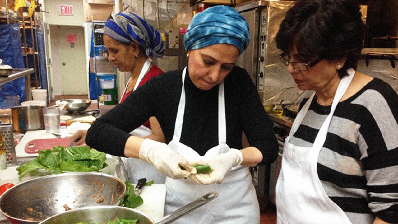 This Startup Hires Refugee Chefs To Cook You A Traditional Meal