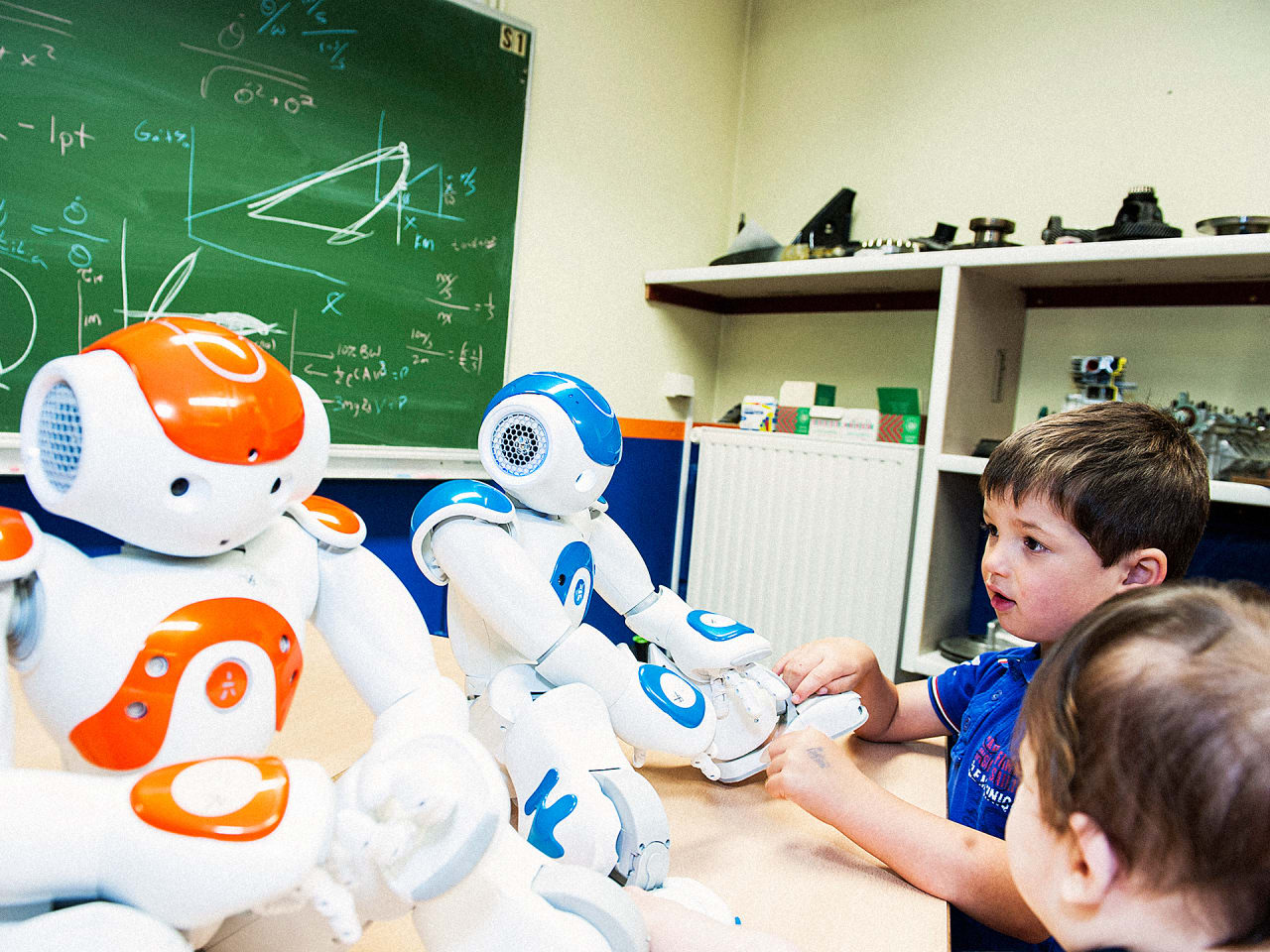 Could Robots Help Kids Learn Second Languages Faster?