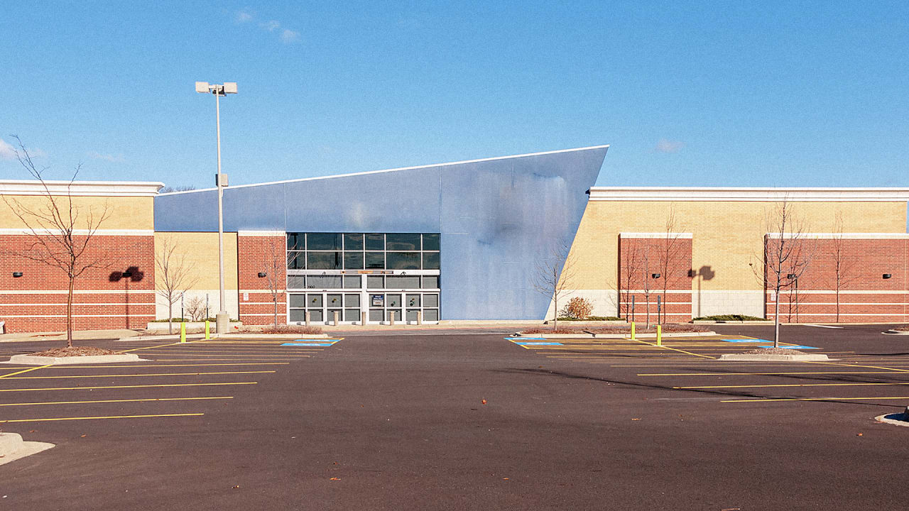 Big Box Store Roofs Have Enormous Solar Power Potential