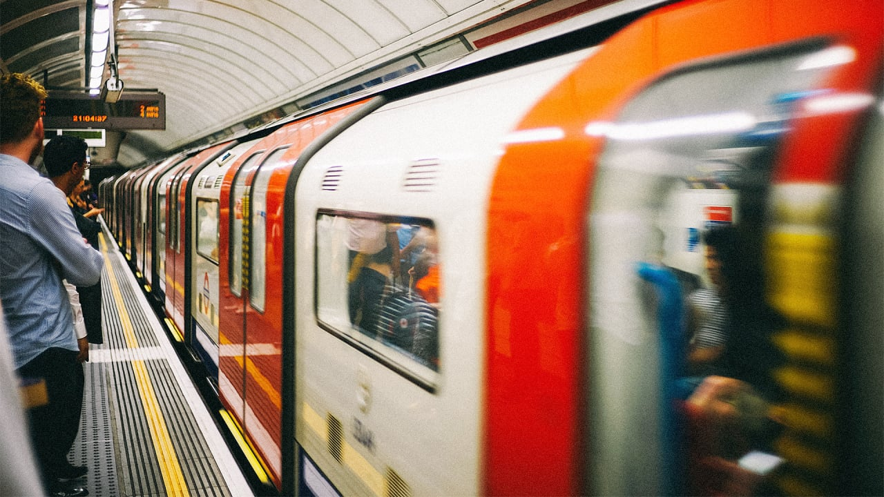 """London Is Renovating Its Subway Stations To Help Make The Tube """"Step Free"""""""