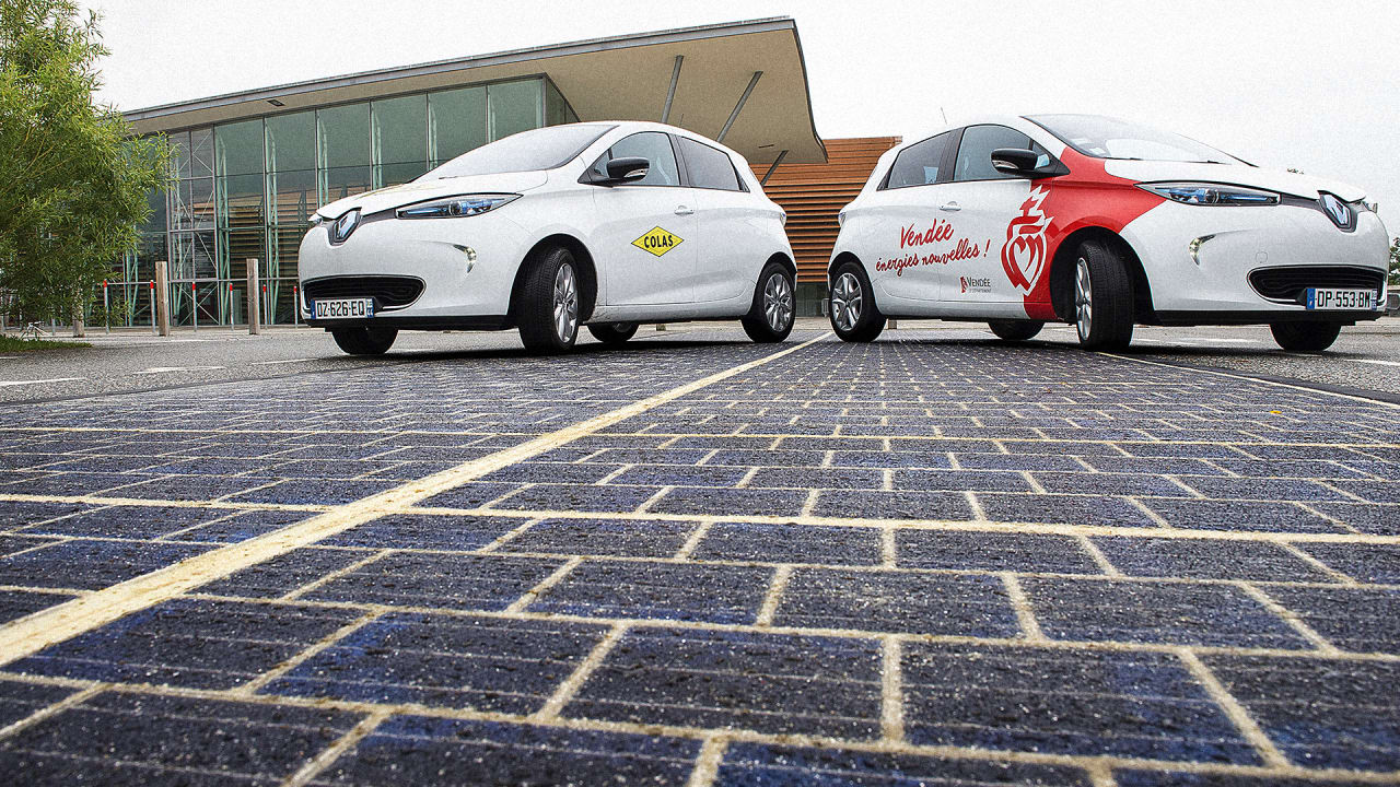 France Opens The World's First Solar Road