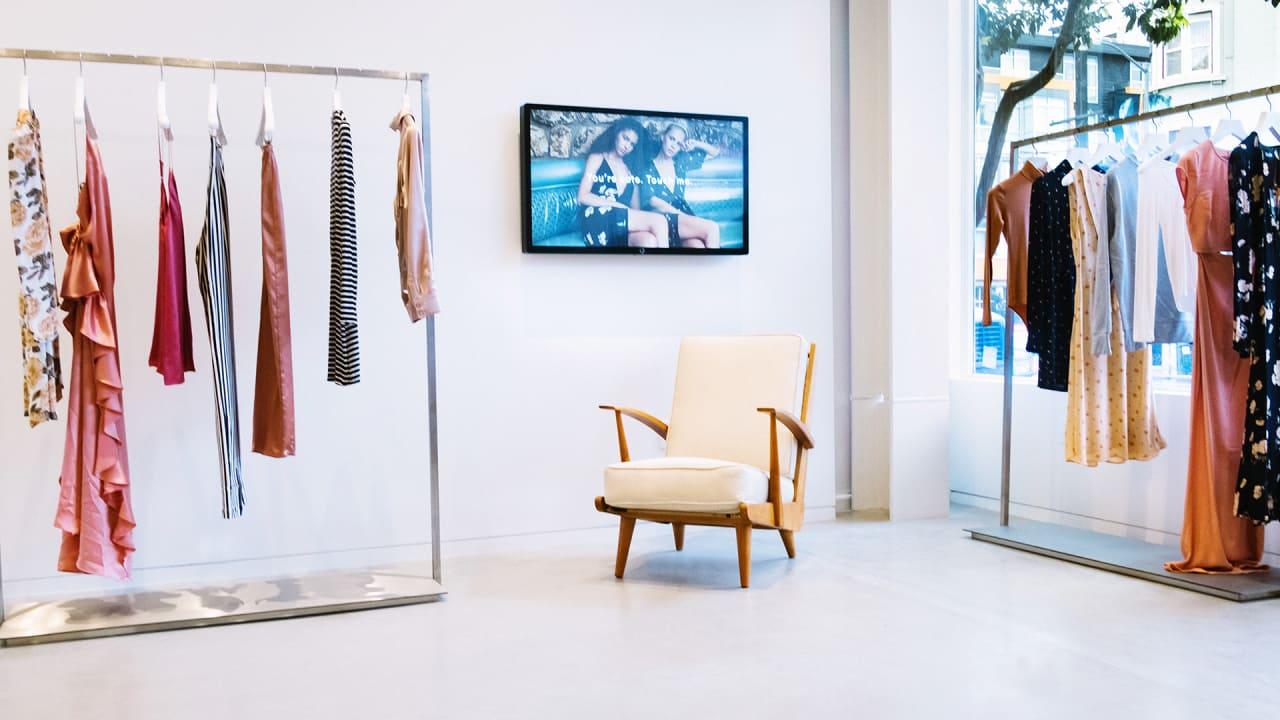 Image clothing store online shopping