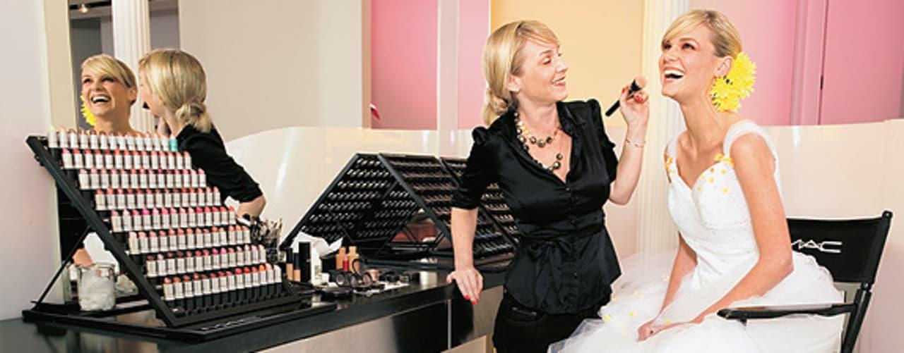 mac cosmetics market analysis
