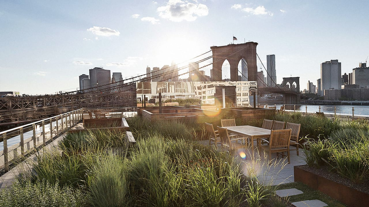 This Rooftop Garden Is A Miniature High Line For Brooklyn\'s 1%
