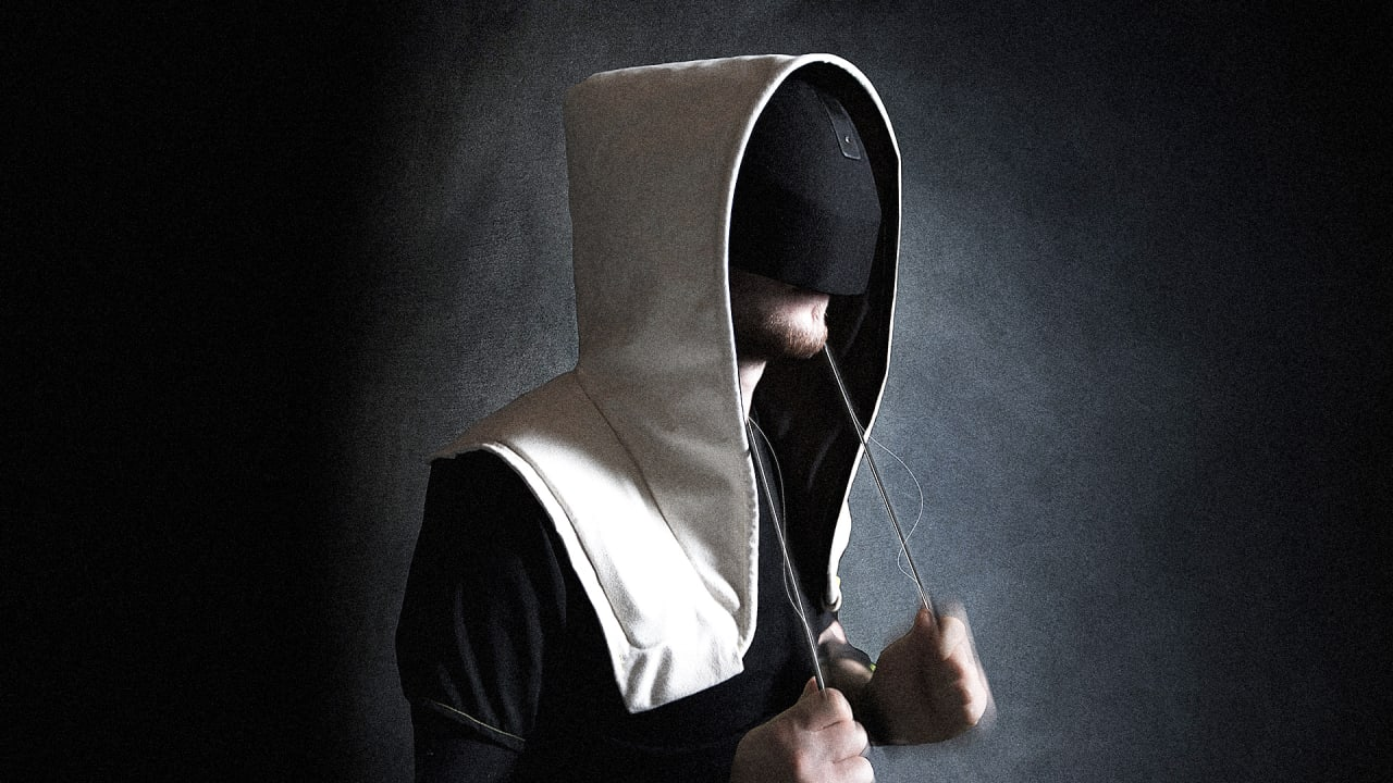 The Perfect VR Headset Is Actually Just A Hoodie