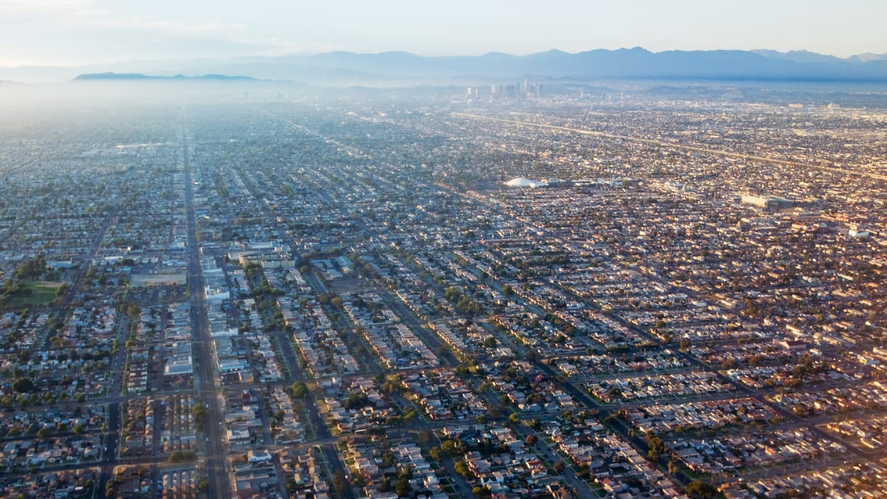 Fighting Climate Change Means Building Dense, Diverse, Walkable Cities
