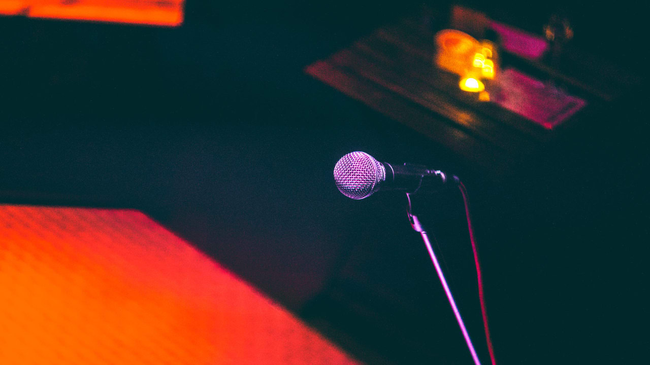 8 Apps That Can Fix All Of Your Public Speaking Problems