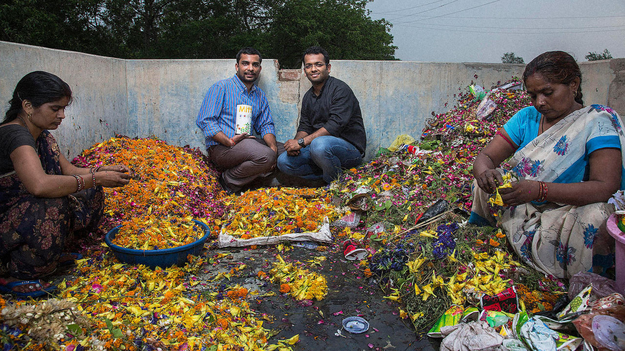 these indian entrepreneurs upcycle leftover religious flowers into use. Black Bedroom Furniture Sets. Home Design Ideas
