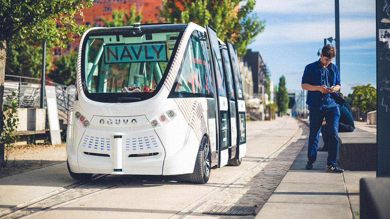 Automated Buses Are Here, Now We Have To Decide How They Will Reshape Our Cities