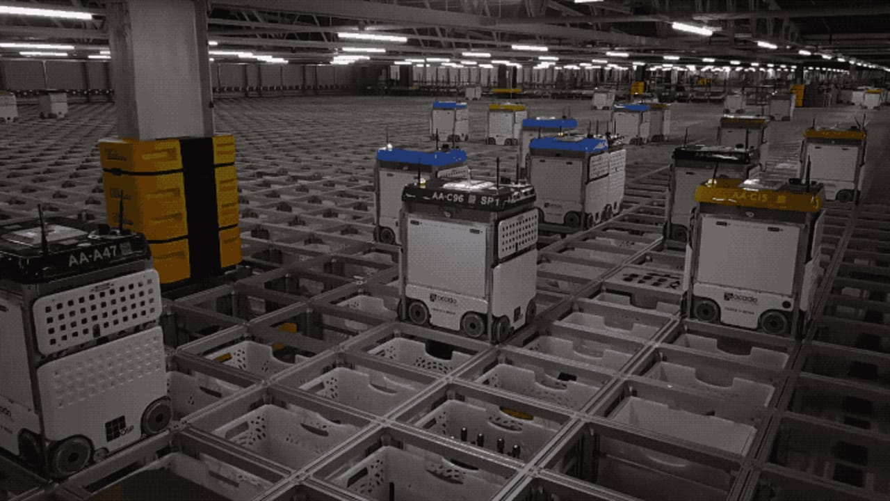 This Robot Swarm Finishes Your Grocery Shopping In Minutes