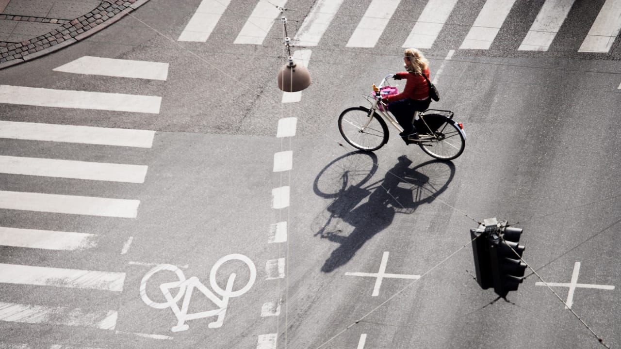 3cd77ed5c42 What Will It Take To Close The Gender Gap In Urban Cycling?