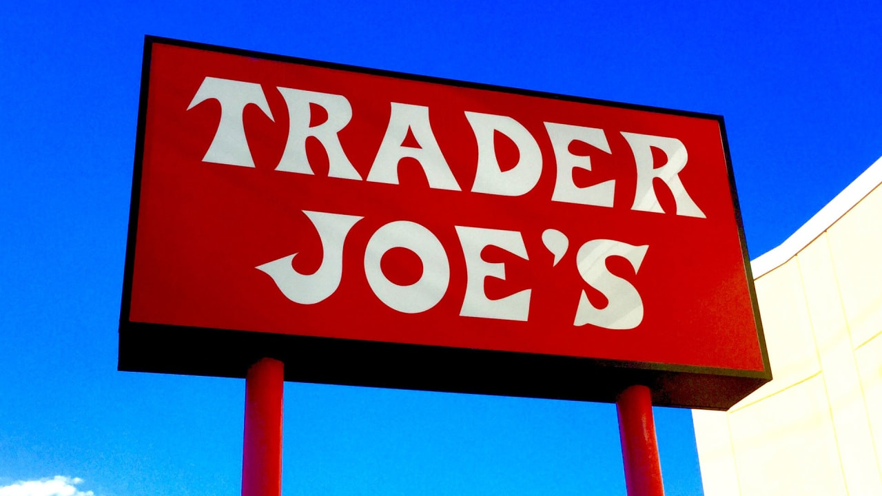 trader joe s is making its paper receipts healthier but don t eat the