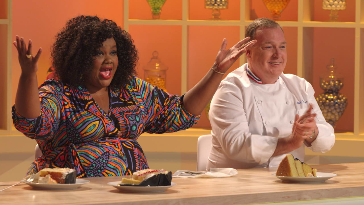 Nailed It             Star Nicole Byer Sprinkles Her Cupcakes With Dick Jokes