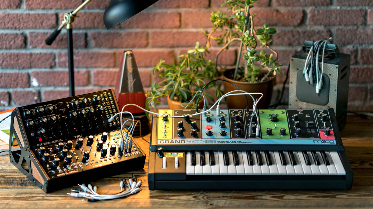 moog s vibrant grandmother synth goes back to the future. Black Bedroom Furniture Sets. Home Design Ideas